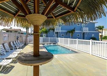 Hotel,Resort,Pool,Swimming Pool,Water