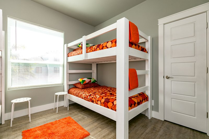 Dormitorio, Muebles, Silla, gabinete, aparador