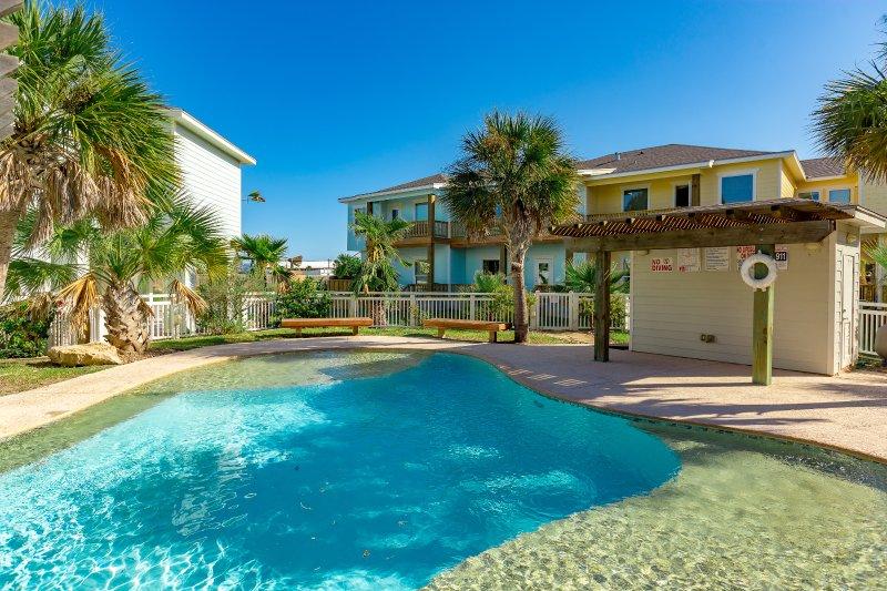 Edificio, palmera, árbol, piscina, Resort