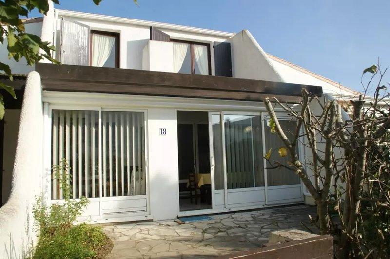 Nice house near the beach & terrace, vacation rental in Saint-Jean-de-Monts