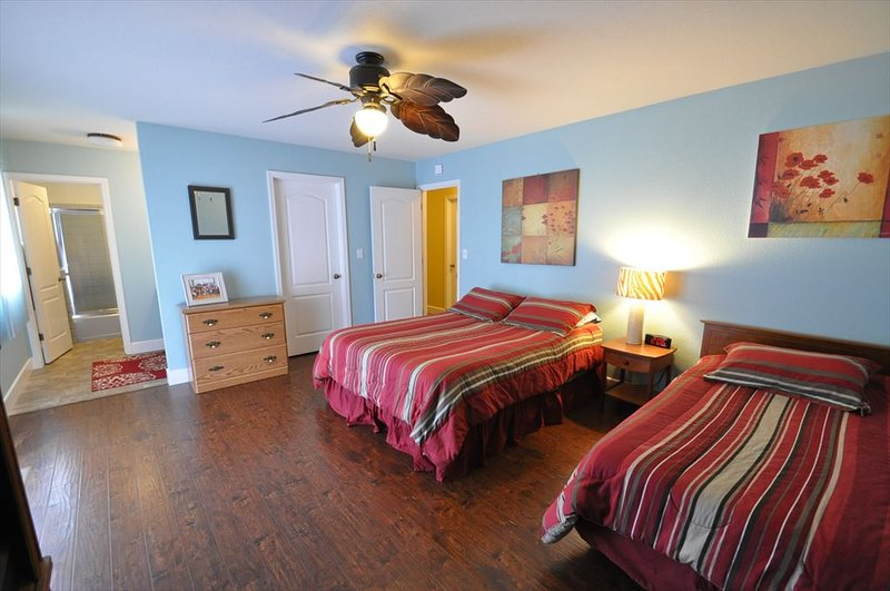 Master bedroom, Queen + Twin, view 3. Pine Mountain Lake Vacation Rental, Unit 4 Lot 67 The Buck Stops Here