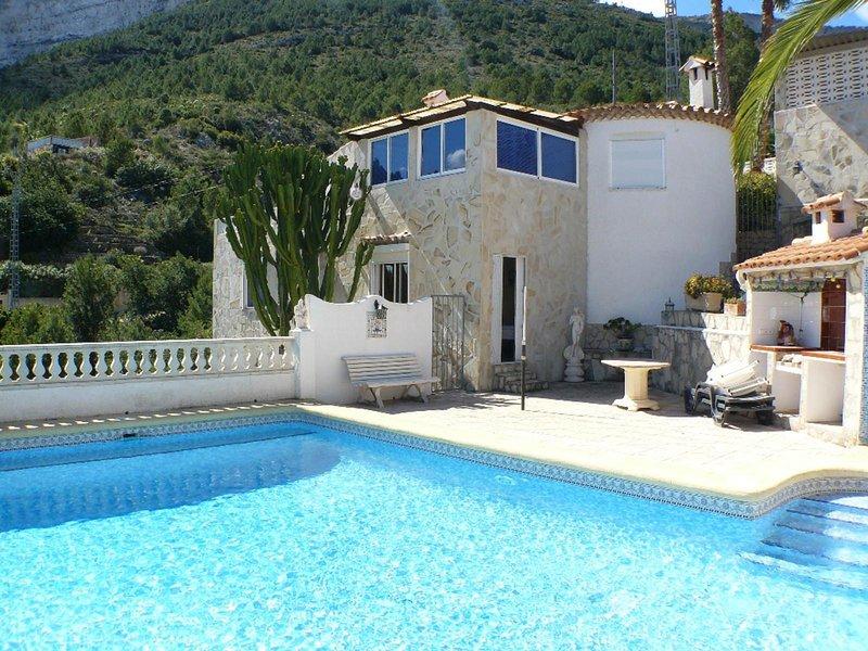 Villa Nicole, holiday rental in Muntanya la Sella