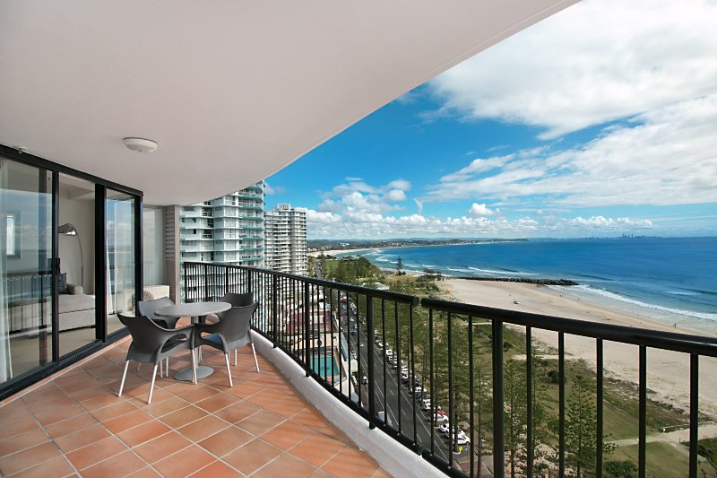 Calypso Tower Unit 1603 - Beachfront and Stunning ocean views - Wifi included, vacation rental in Tumbulgum