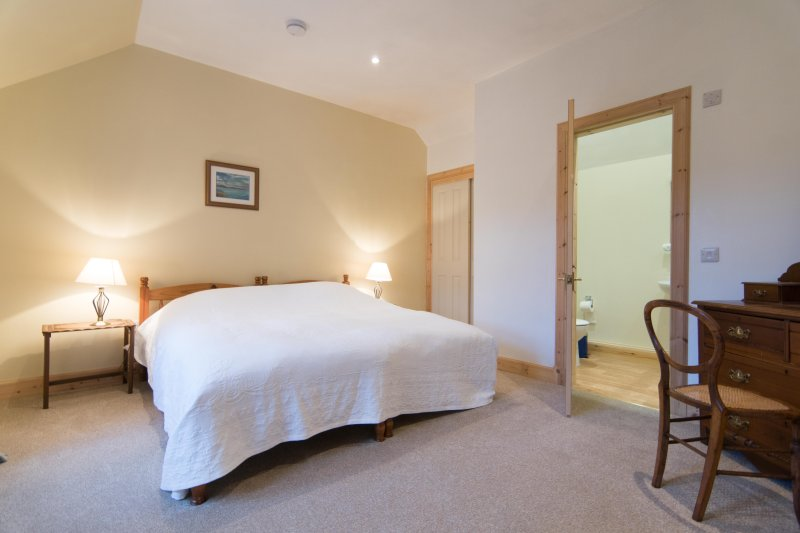 The  spacious master suite with lovely ensuite bathroom