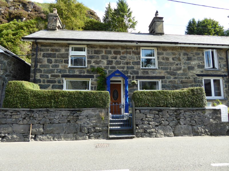 Gwalia cottage: Dog friendly quarryman's cottage in the heart of Snowdonia!, Ferienwohnung in Blaenau Ffestiniog