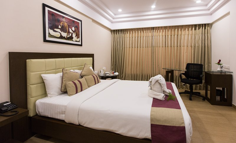 Sherwood Suites Hotel - Deluxe Twin (Whitefield), holiday rental in Hosur