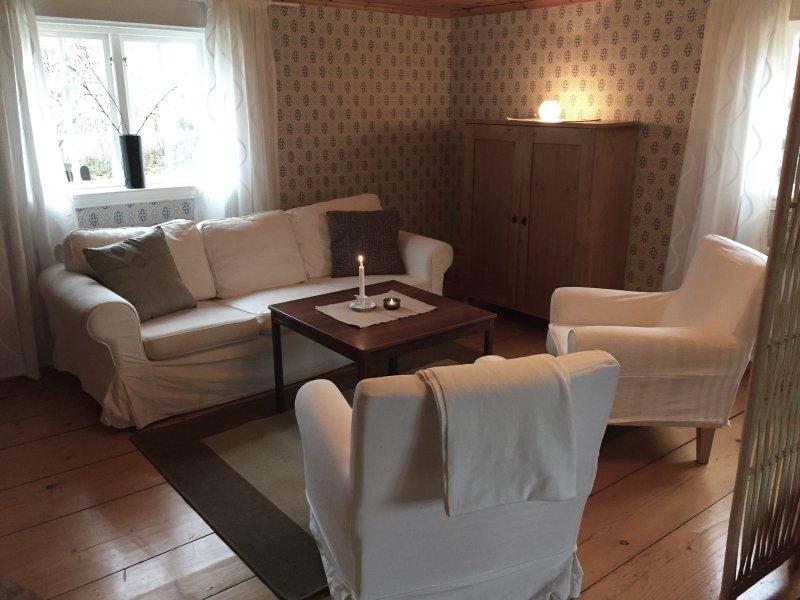 'Hemma på Hult' - stuga i närheten av Jönköping/Gränna, location de vacances à Granna