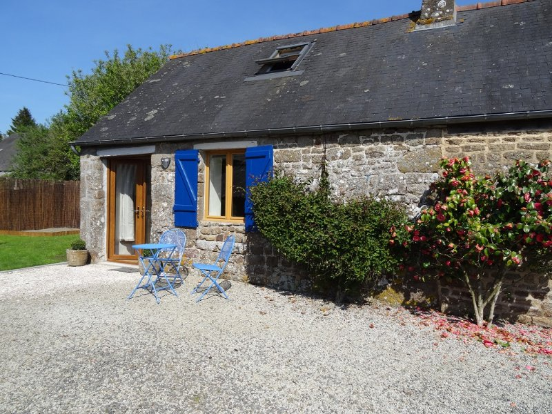 Gite in lovely rural Normandy, vacation rental in Saint-Fraimbault