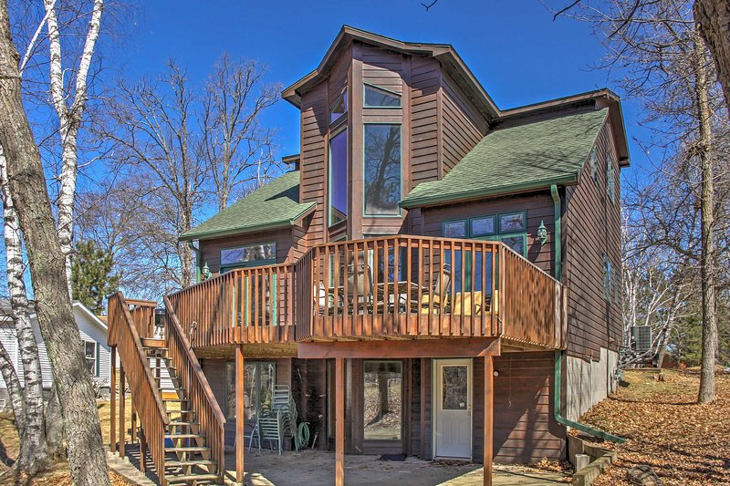 Experience all that Crosslake has to offer when you stay at this spacious 4-bedroom, 3-bathroom vacation rental house!