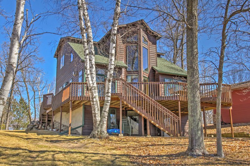 For an unforgettable Minnesota getaway, book this vacation rental house!