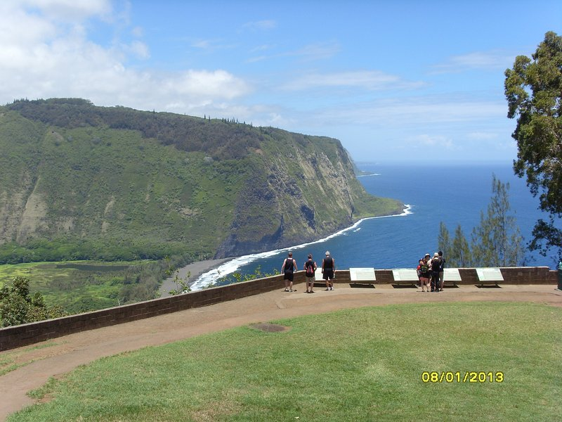 Pack a picnic lunch and take a day trip up to Waipio Valley for spectacular views!