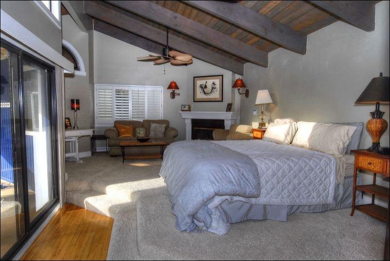 Indoors,Loft,Bedroom,Room,Curtain