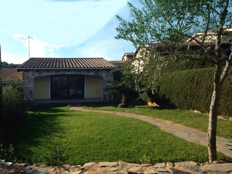 Casa Magnolia 14 Porto San Paolo Loiri 6 sleeps, vacation rental in Porto San Paolo
