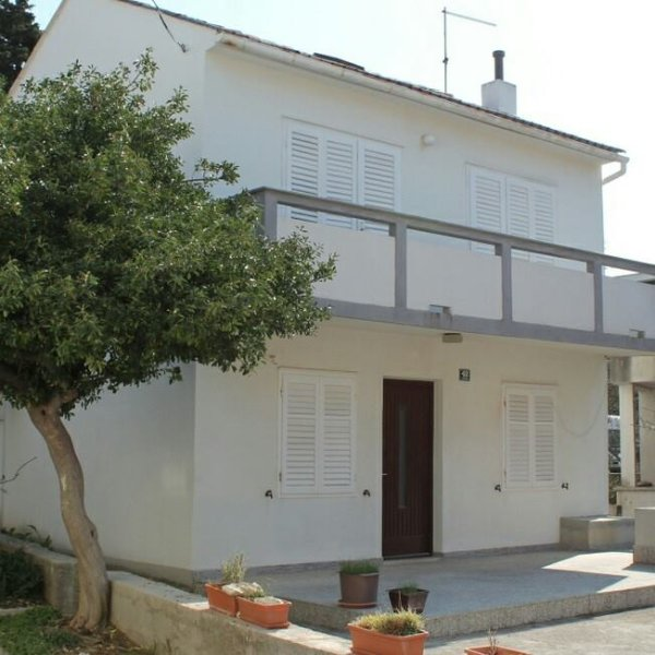 house for rent is in the center of novalja