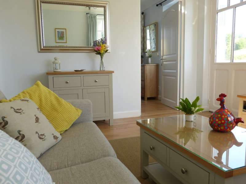 Cezanne is a bright, airy apartment