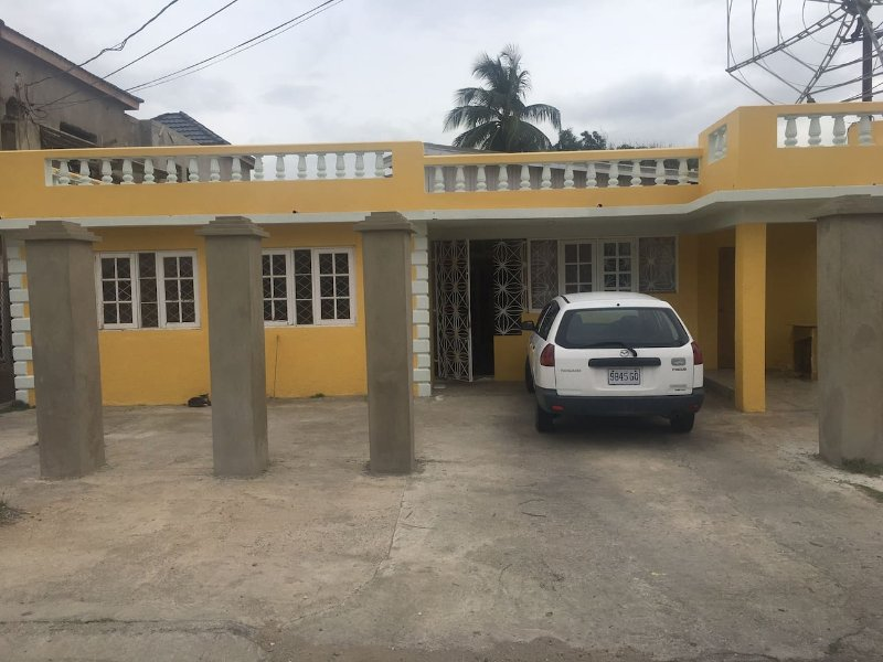 Private Home Studio 1, holiday rental in Port Royal