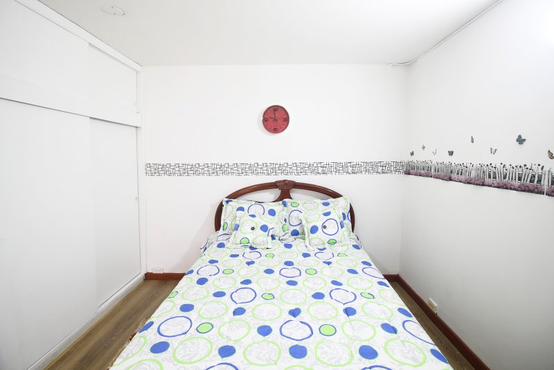 Comfortable room near the airport, holiday rental in Bogota