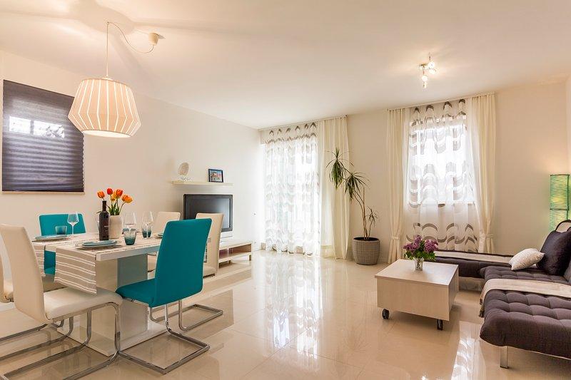 Forest&Sea apartment (table tennis & bikes included), location de vacances à Vinkuran
