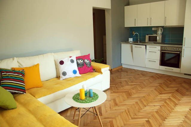 Cozy apartment with mini garden, vacation rental in Tivat Municipality