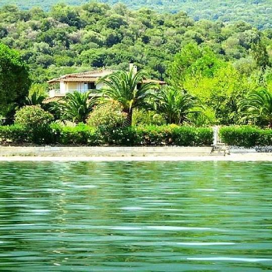 Villa Porto Matzavino, vacation rental in Aetolia-Acarnania Region