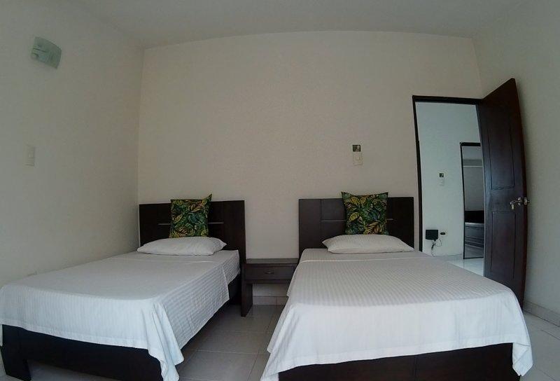 Habitación Twins Hotel Casa Centenario Pereira / Colombia., location de vacances à Département de Risaralda