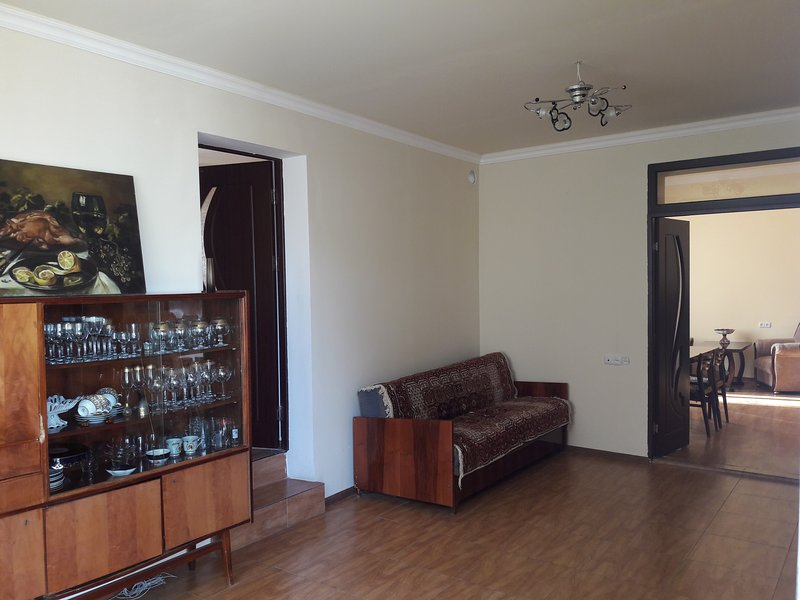 very comfortable apartment in a Quiet and very calm area, holiday rental in Geghard