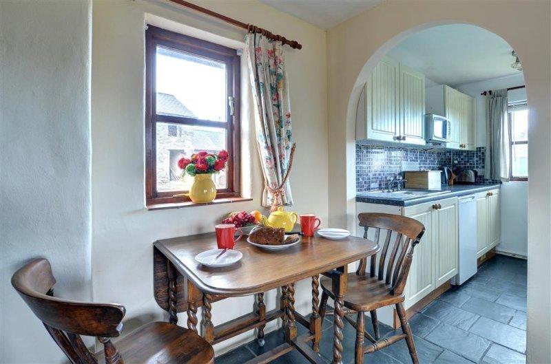 Bryniau Pair Ucha Cottage, vacation rental in Llanrwst