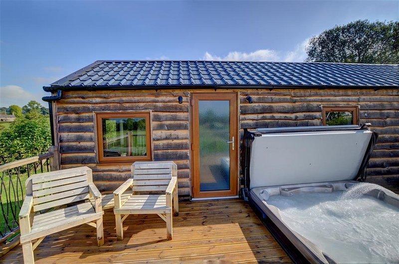 Lovers' Lodge (WAK290), vacation rental in Llandrindod Wells