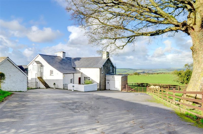 The Granary (WAN333), vacation rental in Devil's Bridge (Pontarfynach)