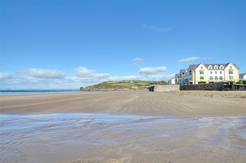 32 St Brides Bay View Apts, vacation rental in Broad Haven
