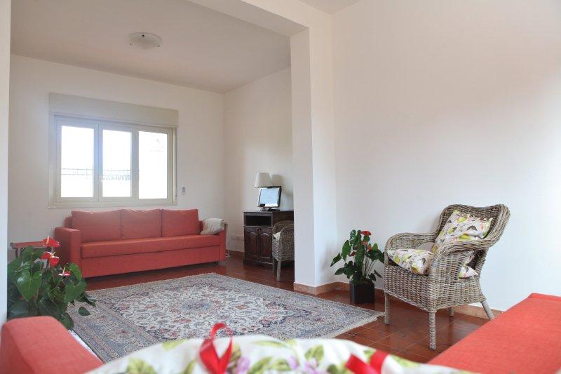 Villa Barbara è una villa autonoma su un unico piano a due passi dalle spiagge, casa vacanza a San Leone