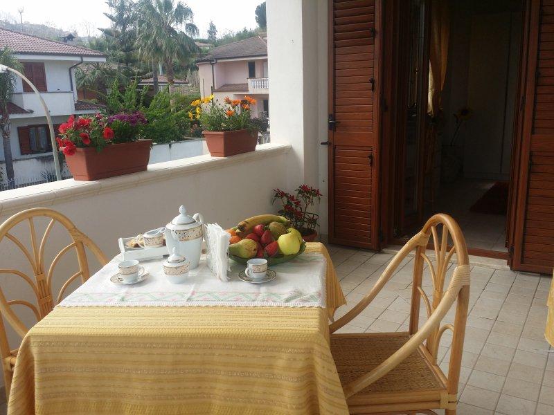 Villa G&G Bed & breakfast Camera Oro, vakantiewoning in Brattiro
