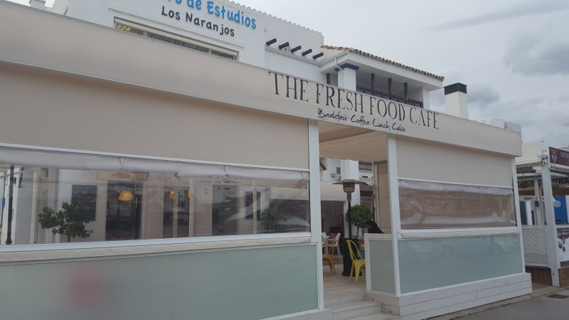 One of the restaurants in the area, which is located just a few minutes away by walking.