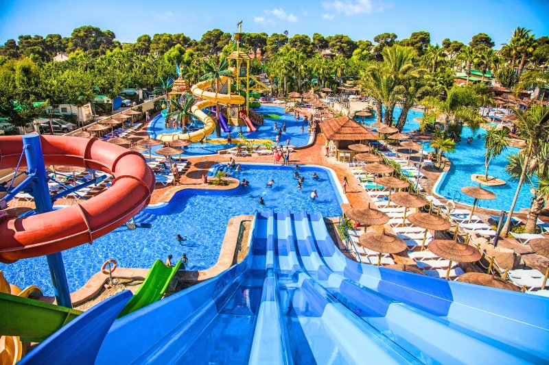 La Marina Resort only 3 mile drive