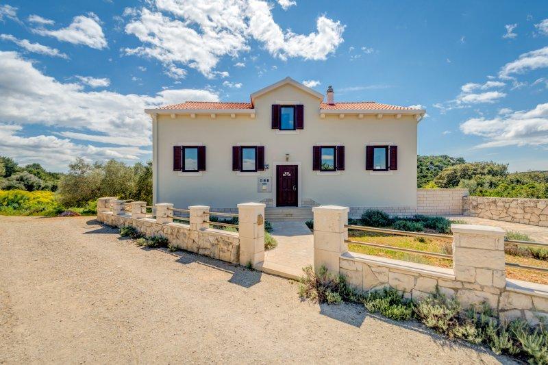Ferienwohnung Sinaja, holiday rental in Ciovo Island
