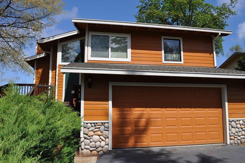 Unit 4 Lot 44 LOCATION! 250yds > Lake Lodge Beach Pine Mountain Lake Vacation Rental Randys House