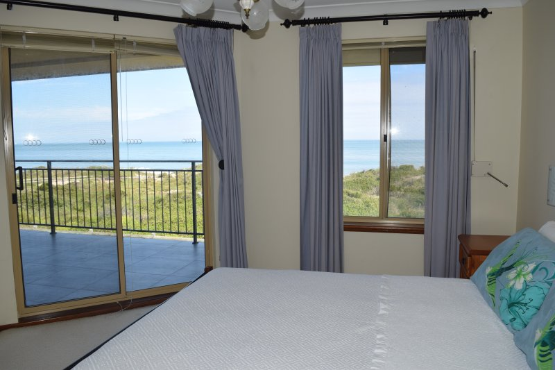 Watersun Beach House, holiday rental in Mandurah