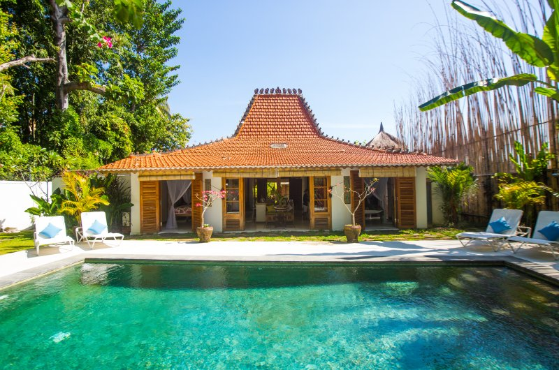 Lata Lama. Truly unique Vintage Boutique Villa, holiday rental in Lovina Beach
