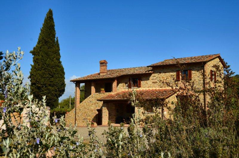 Casale I Burroni - Appartamento La Loggetta, location de vacances à Arezzo