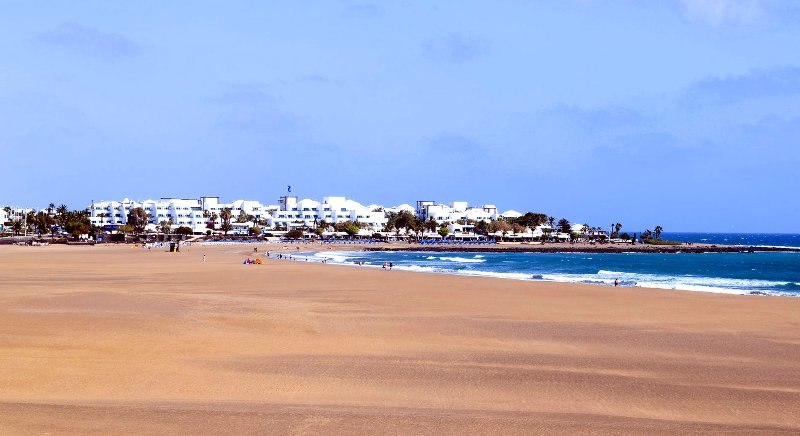 Playa Pocillos - another major sand beach invites to relax and enjoy the