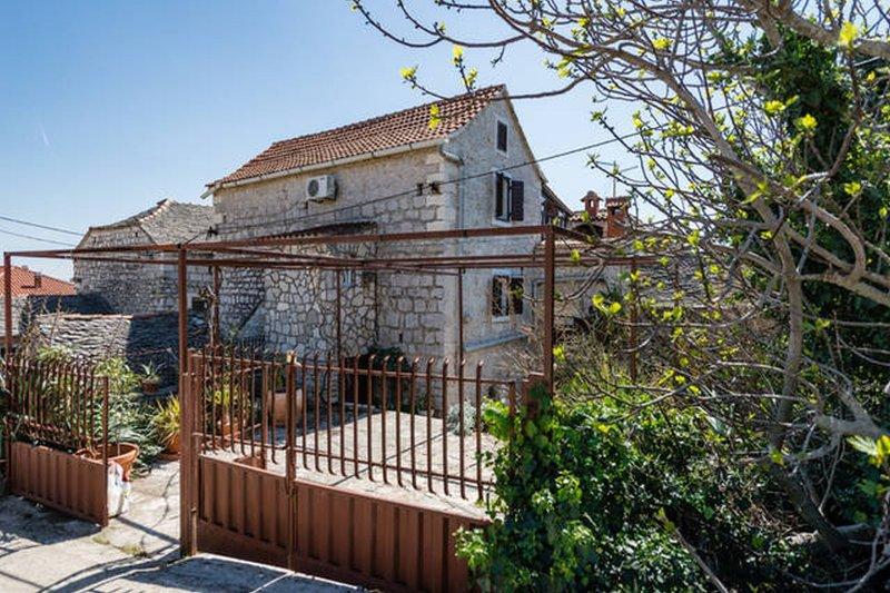 House Mari, old authentically Dalmatia house