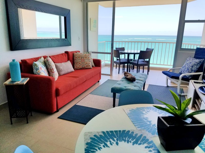 Fully Remodeled in the best location of Isla Verde beach