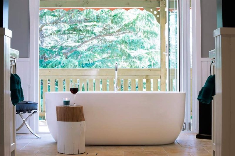A glorious bath, perfect for relaxing over a glass of wine and watching the sunset