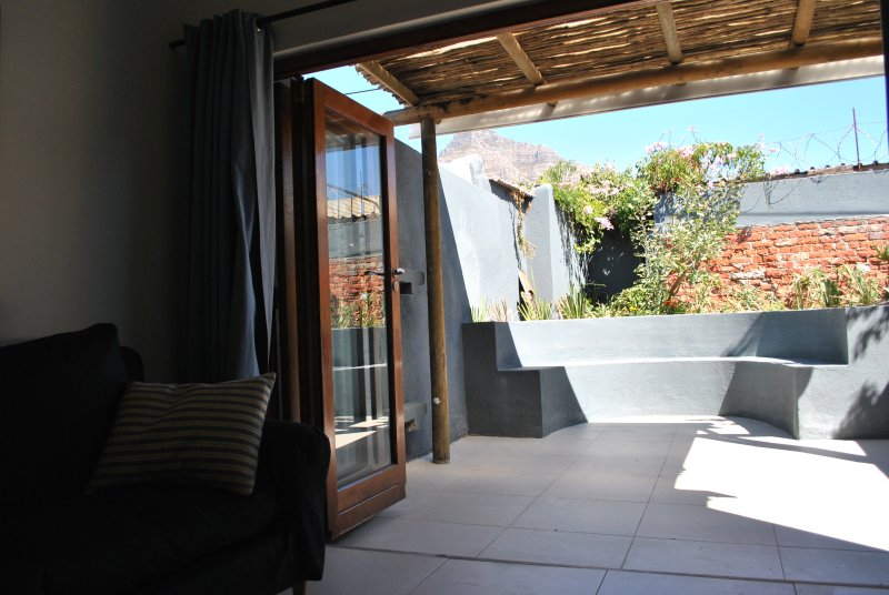 Wessels House Observatory - Light and bright sleeps 8 in comfort, location de vacances à Pinelands