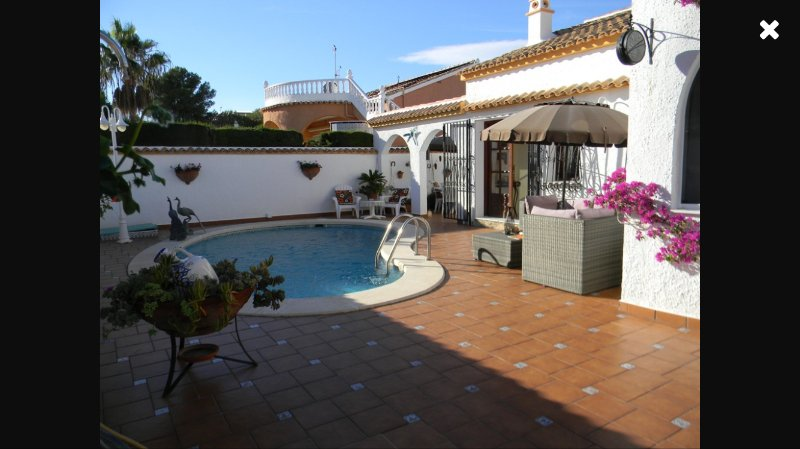 Gorgeous Detached Villa with private pool, vacation rental in Orihuela