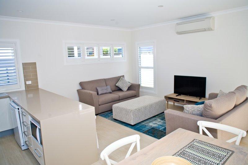 Area Living, con Smart TV e aria condizionata