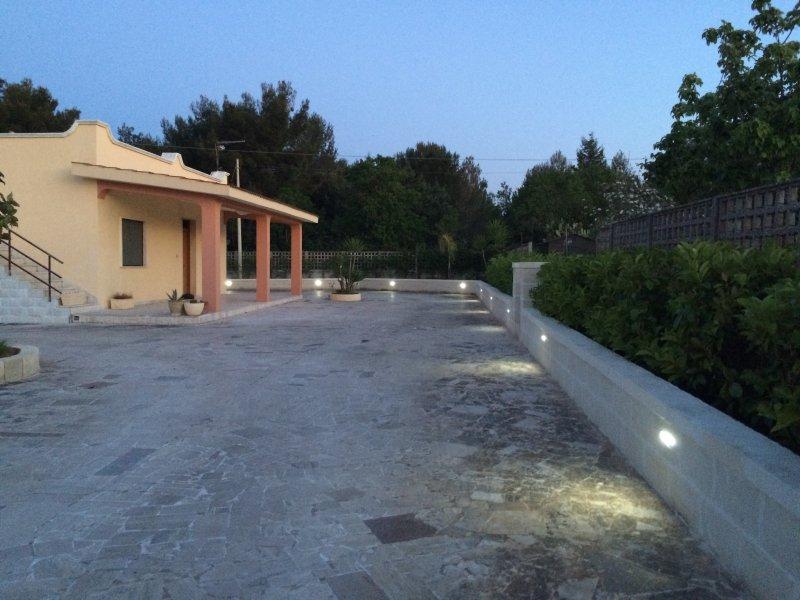 Villa con giardino nel salento, holiday rental in San Vito dei Normanni