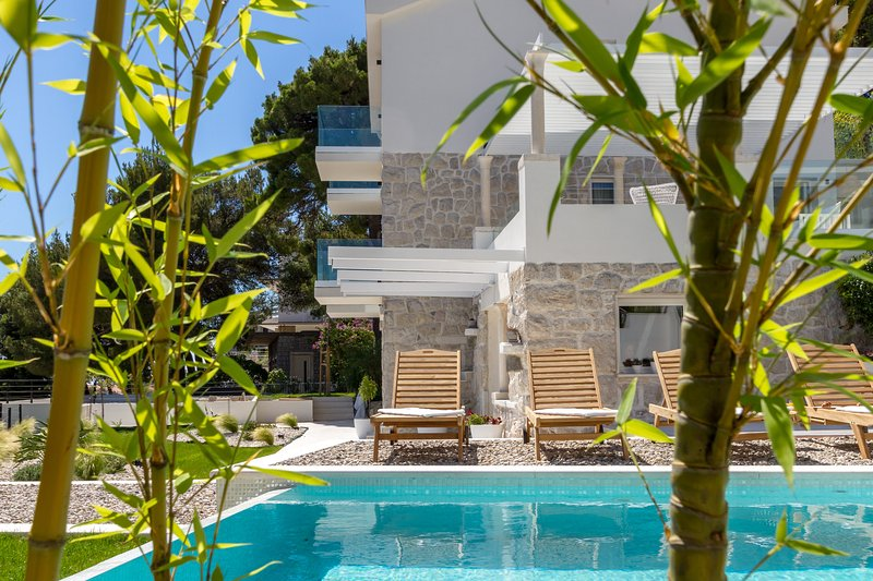 Modern sea view villa for rent with pool, Primosten