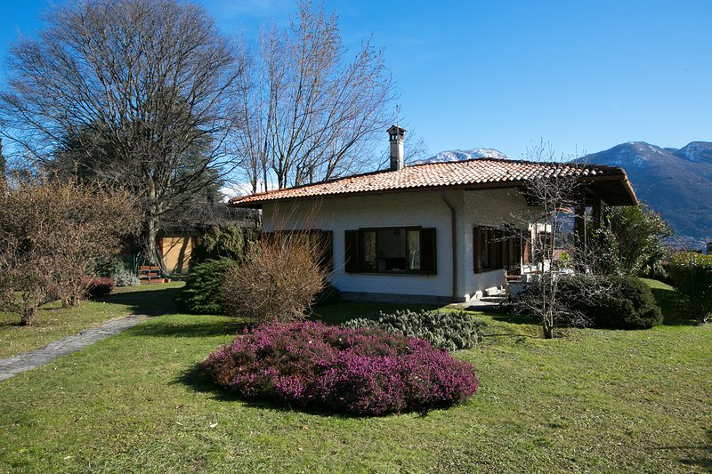 Villa dei Poeti, holiday rental in Lenno
