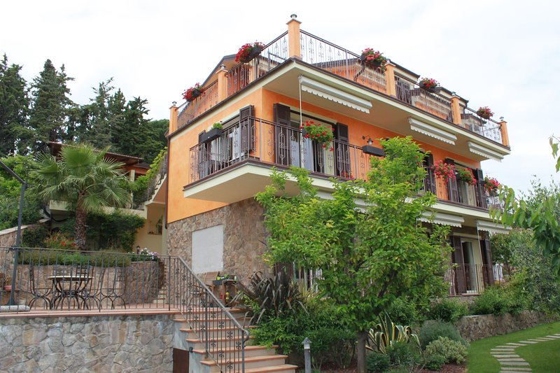 Villa Pineland, holiday rental in Boissano